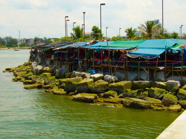 Seaside restaurant in Si Racha, Thailand